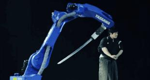Japon Kılıç Ustası ve Robot Kılıç Ustası (MH24Motoman)