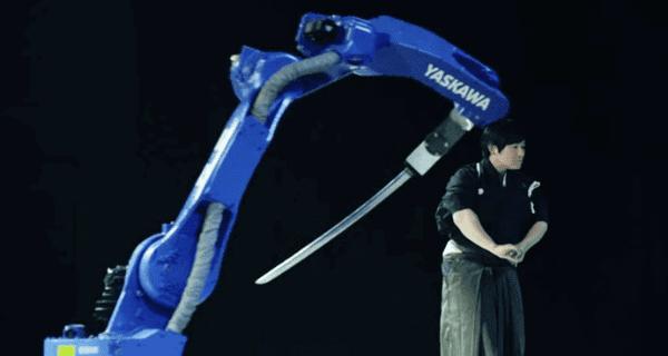 Robot Kılıç Ustası